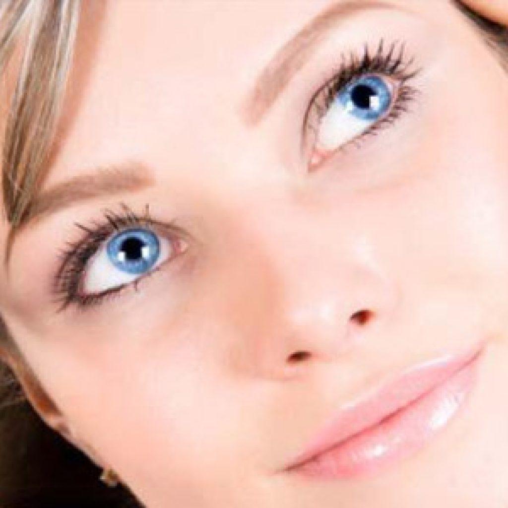 Как разгладить морщины вокруг глаз