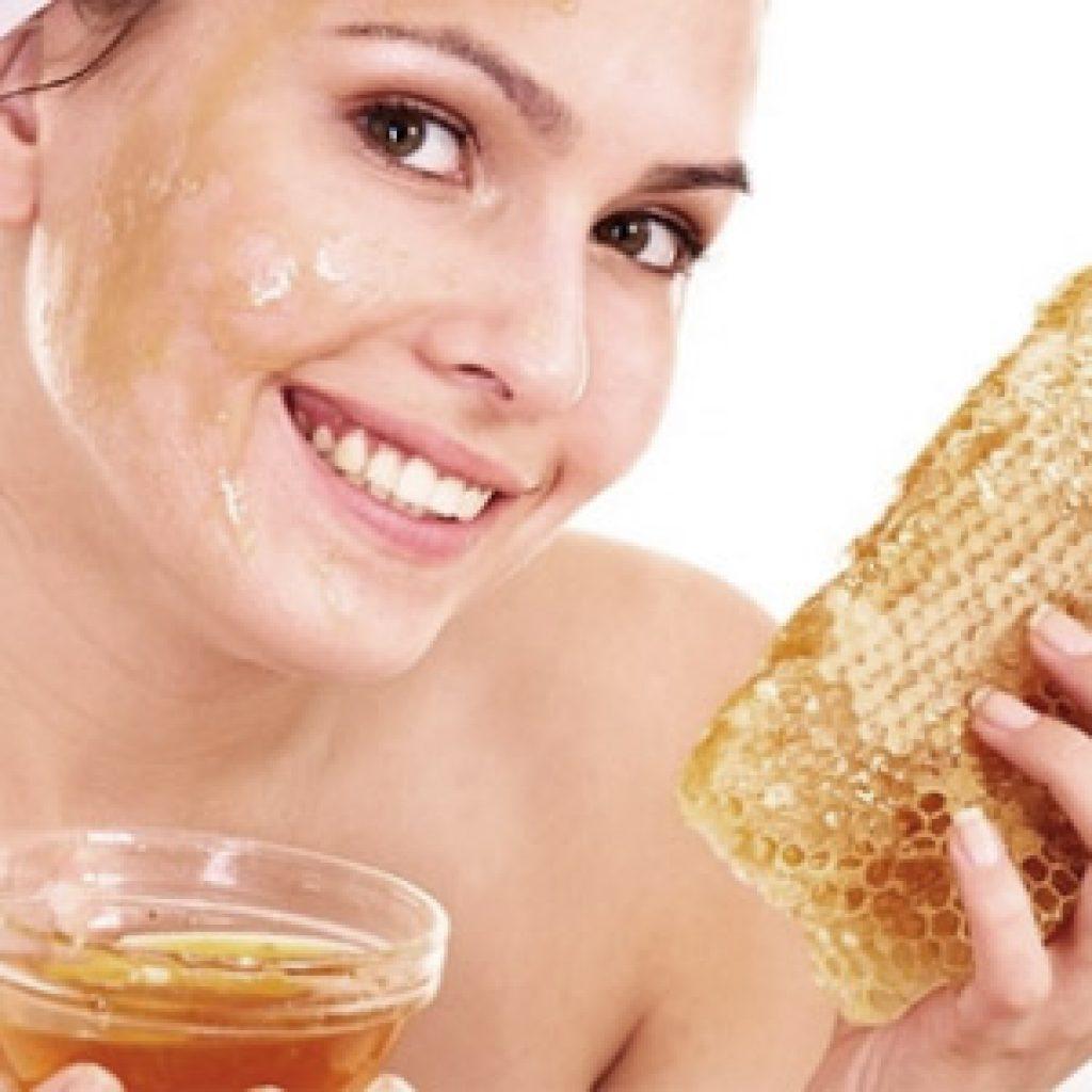 Лечение кожи лица при помощи меда