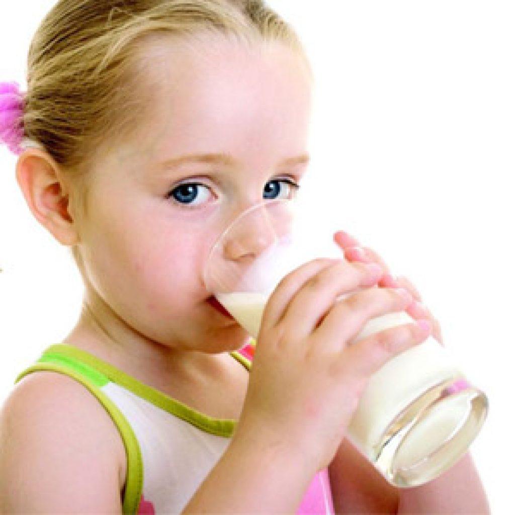 Как проявляется аллергия на молоко