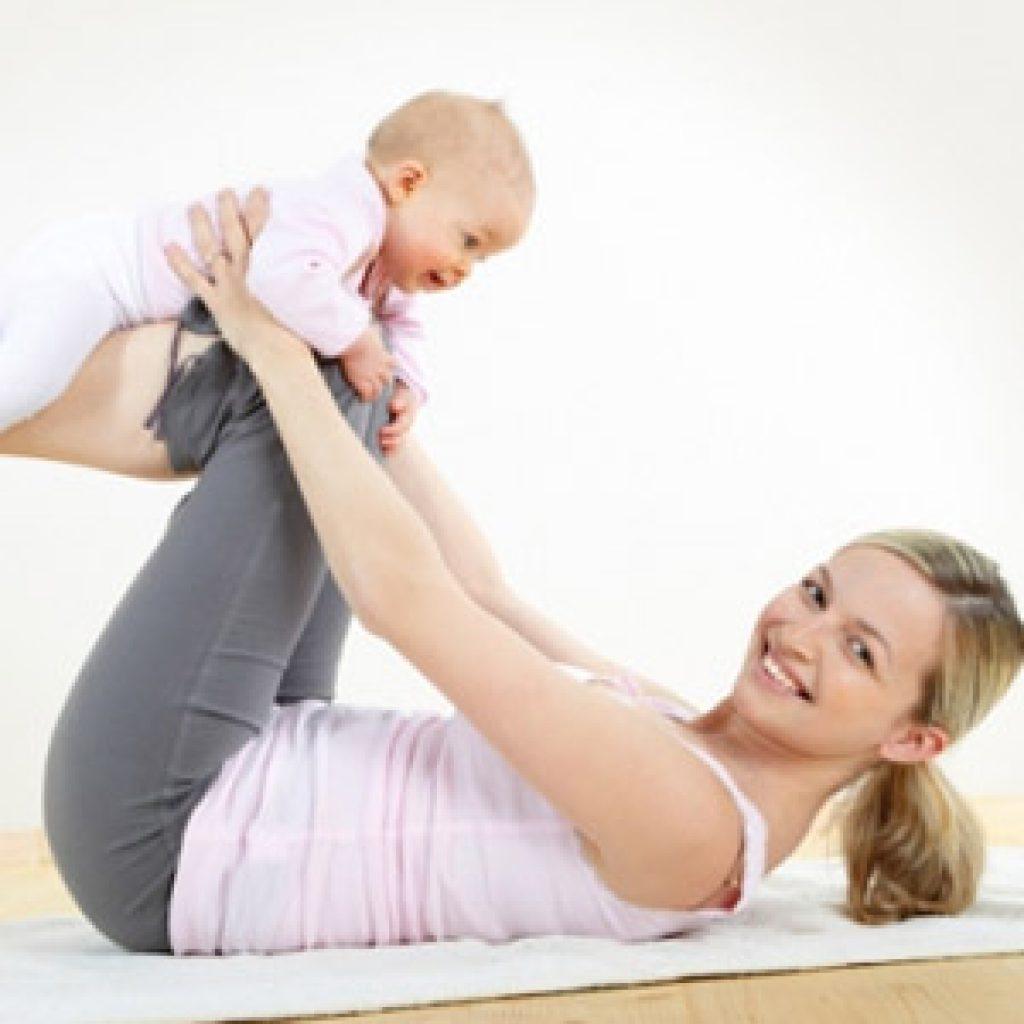 Как кормящей маме стать стройной после родов