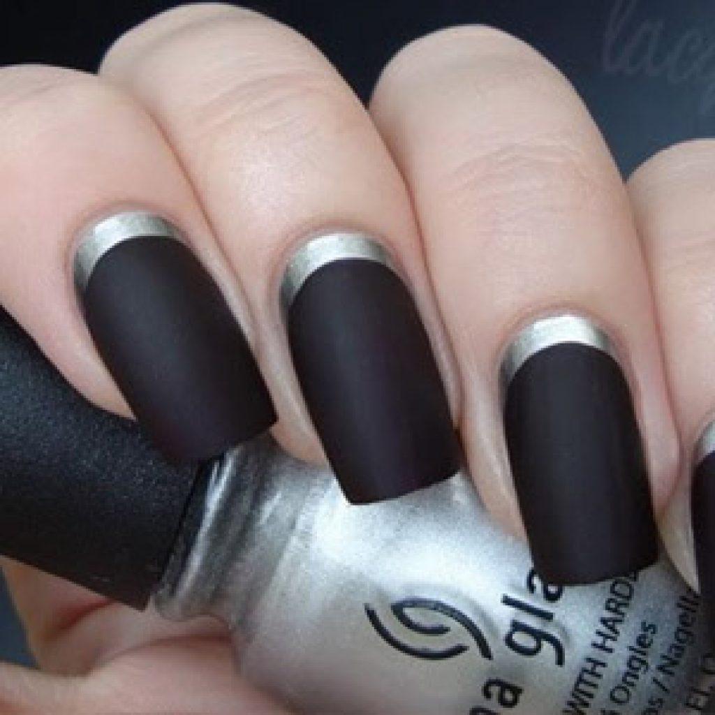 Ногти черного цвета - фото дизайна маникюра